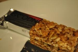 wholesome goodness apple cinnamon granola bars