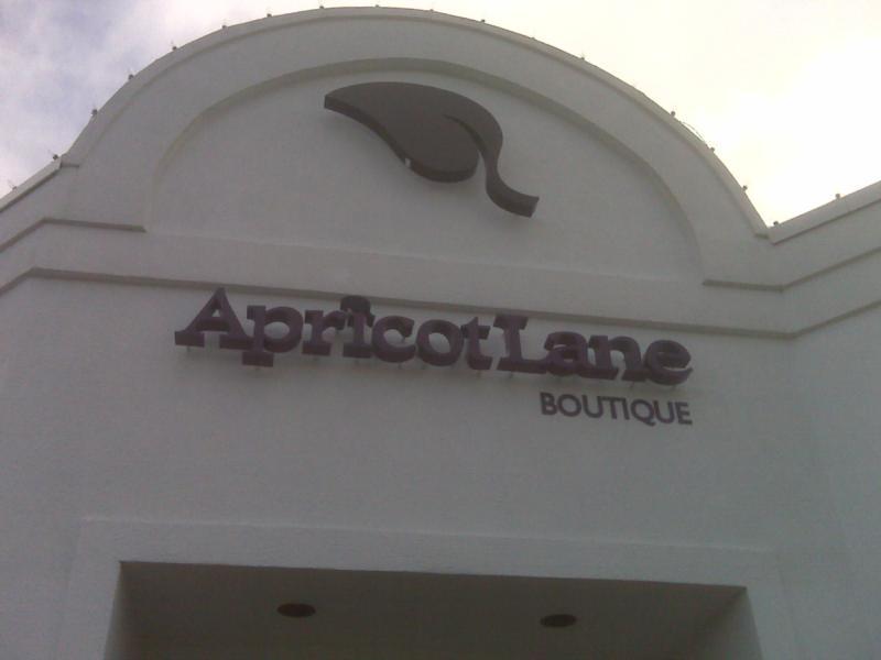 apricot lane virginia beach